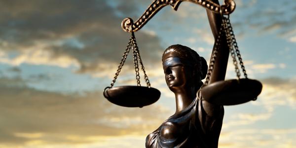 Tiempo y facturas para despachos de abogados